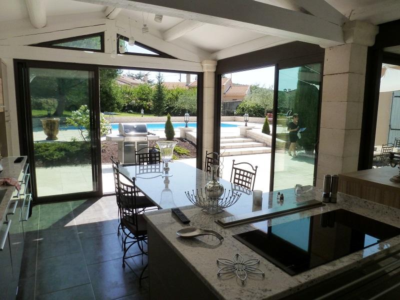 v randa aluminium toiture 4 pentes vitr e 84 les. Black Bedroom Furniture Sets. Home Design Ideas